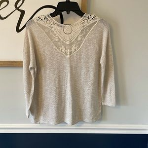 ⭐️American Eagle Outfitters Sweater Small⭐️